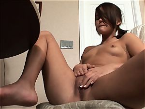 Meggan Powers plays with her wet cunt after getting drunk