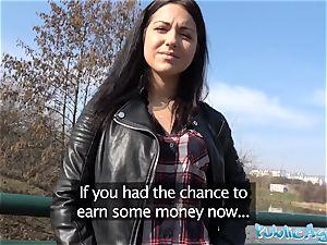 Public Agent Russian waitress pummeled outside in public