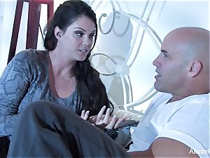fabulous Alison Tyler gets pulverized in couch