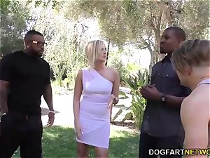 Kate England takes buttfuck by big black cock at hotwife Sessions