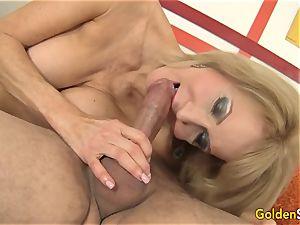 Mature Erica Lauren sideways orgy session