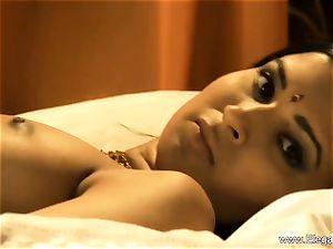 sensual indian cougar Dancer honey