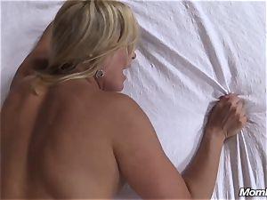 hot blondie milf internal ejaculation gusto