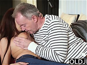 all-natural young Teenie from the rear and deepthroat bj